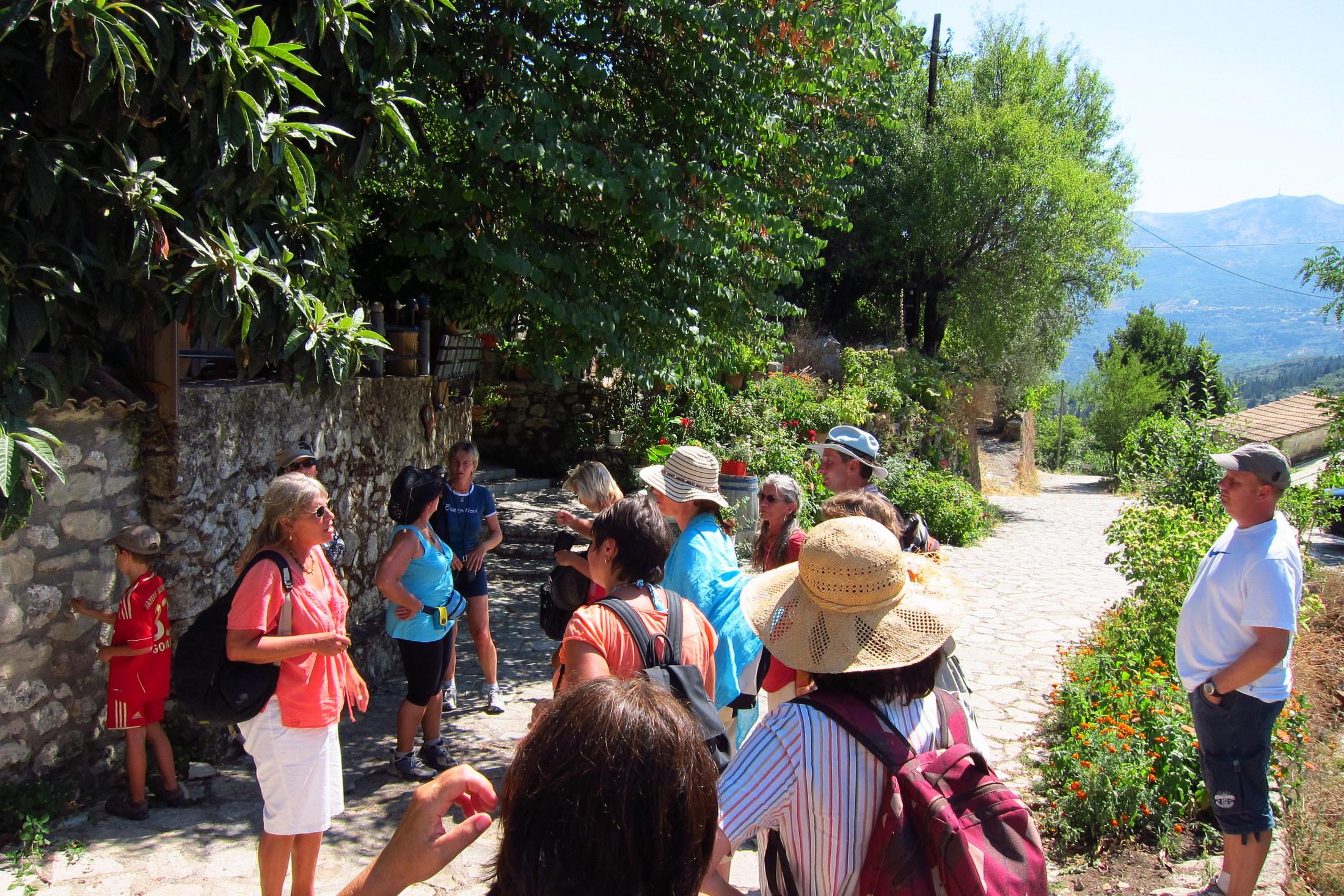 WellVivo Kräuterwanderung in Griechenland